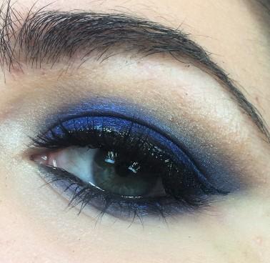 Blue Smokey Eyes (8)